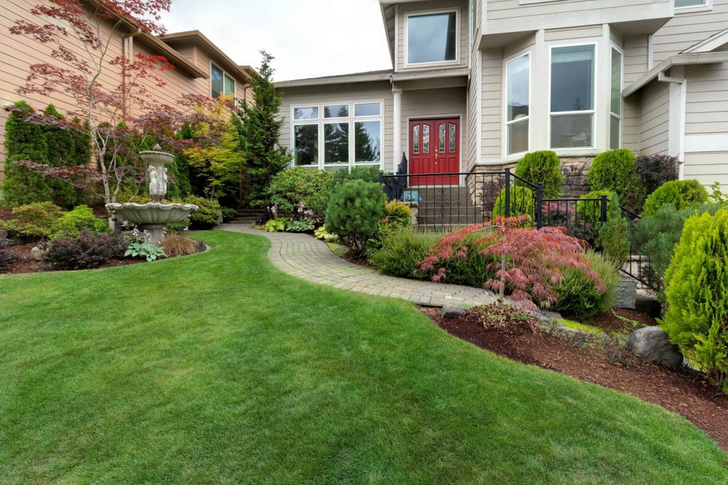 Love for Landscaping - Lawn Maintenance 1